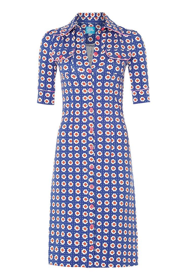 Tante Betsy dress: Happy Blue!