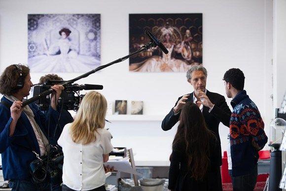 what the art?! - Stedelijk Museum Amsterdam- haal hedendaagse kunst en vormgeving de klas in met film en opdrachten vanaf deze site, ook tof voor ckv!