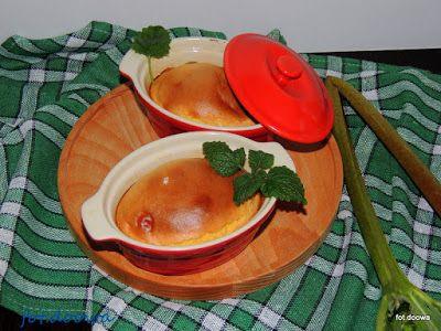 Moje Małe Czarowanie: Kogel - mogel na ciepło z rabarbarem