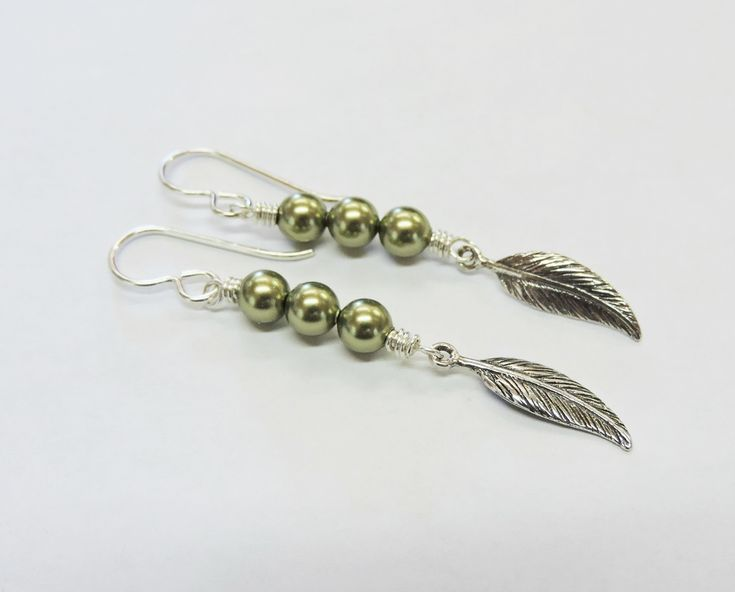 Dainty Sterling Silver and Swarovski Crystal Pearl Peas in a Pod Earrings – Rings and Things