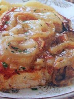 Easy crockpot recipes: Pork Chops with Scalloped Potatoes Crockpot Recipe