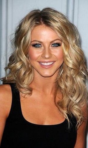 Julianne Hough. Love everything about this look!! Hair, makeup, tan glow