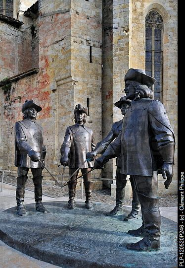 Alexander Dumas - Statue of d'Artagnan and The Three Musketeers at Condom, Pyrenees, France. PLP-120520p246 © Clément Philippe