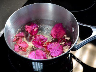 Receta de Cómo hacer un remedio natural para la tos con bugambilia