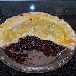 Blackberry pie, Blackberries and Pies on Pinterest