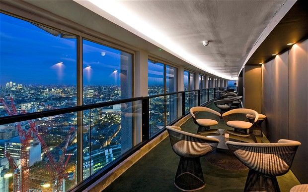 The Paramount bar at the top of the Centre Point building on New Oxford Street offers great views of the London skyline. Make sure to book a reservation in advance though!