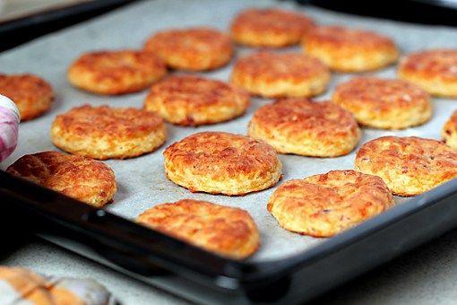 Печенье с беконом и сыром   Семейный консультант