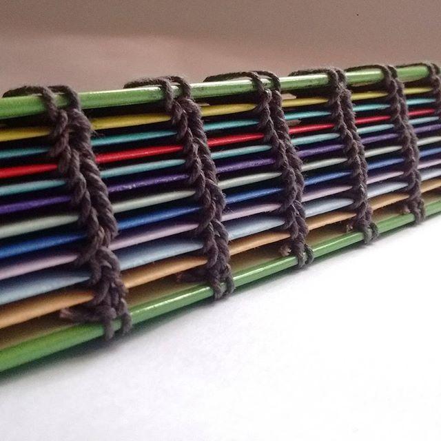 Libretita de colores :3   $50 MXN   Más modelos en www.kichink.com/stores/-aaki-