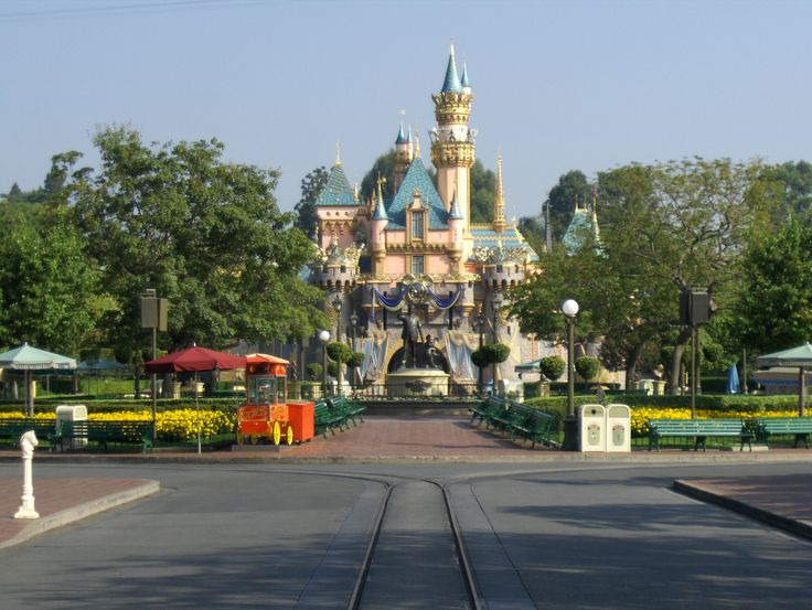There are more ways to tour Disneyland and California Adventure than you can imagine. How do you decide which is best for your family? First, some tips: Start early - Arrive prior to the park opening. Fewer lines and less traffic makes this time of the day better for riding more. For a full...
