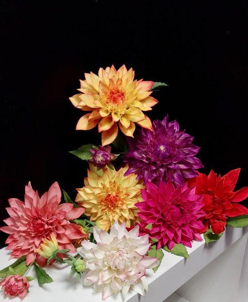 Dahlia - sugar paste flowers