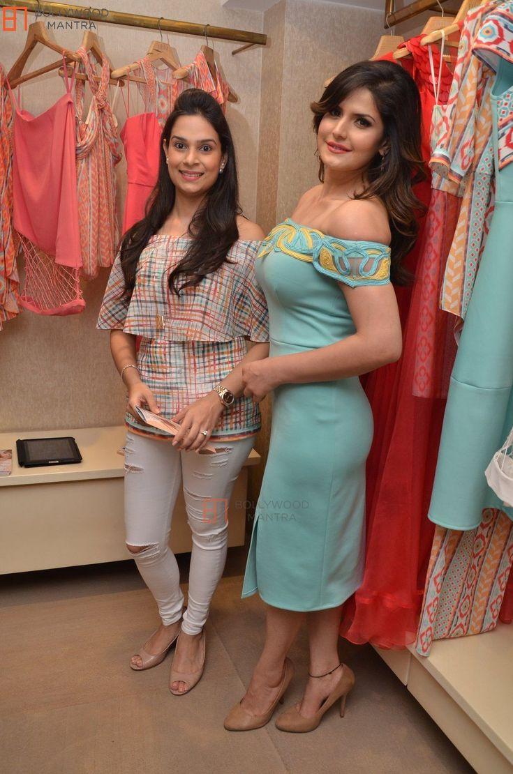 Zarine Khan | Fesigner Ritika Bharwani Preview Show Photo #234