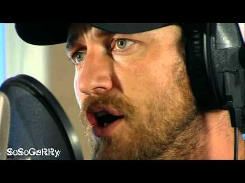 Gerard Butler sings 'The Music of the Night' - YouTube (just a little snippet while recording) Enjoy!