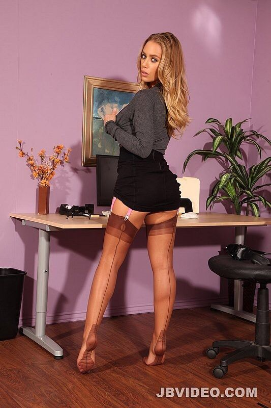 Jbvideofan Nicole Aniston   Milfs  Stockings Legs -5310