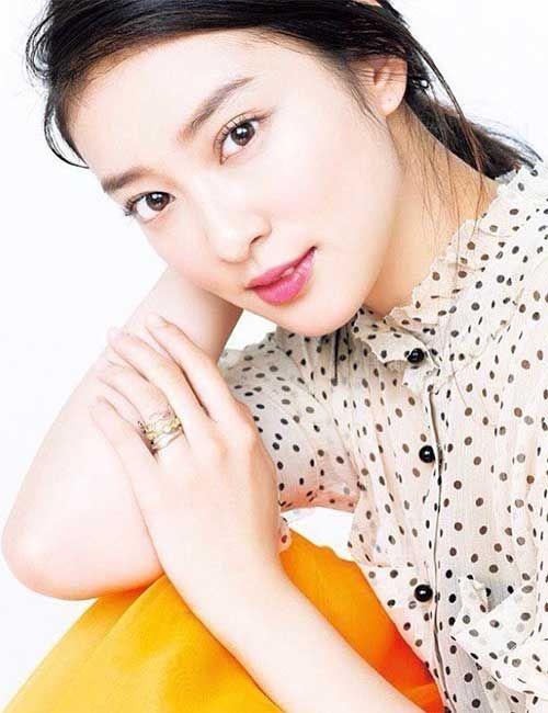 15 Most Beautiful Japanese Girls