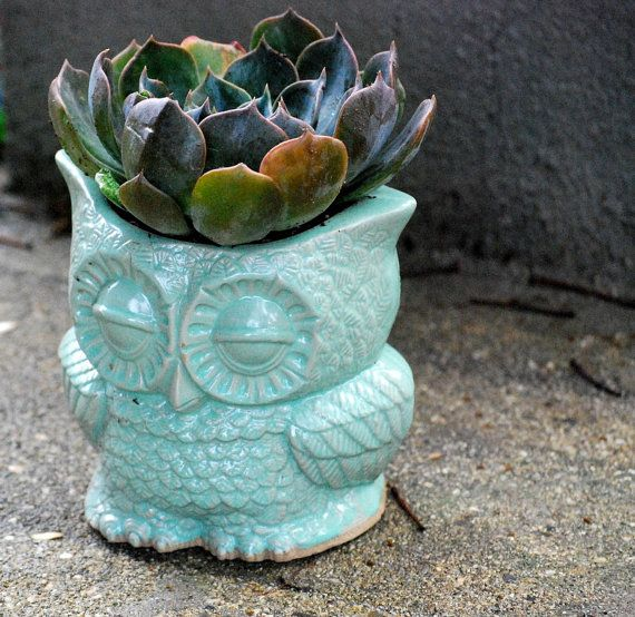 indoor owl Planter pencil holder desk vase in mint  - vintage style home decor by claylicious on #etsy