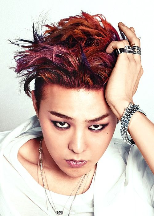 G-Dragon I've always thought this pic looked amazing