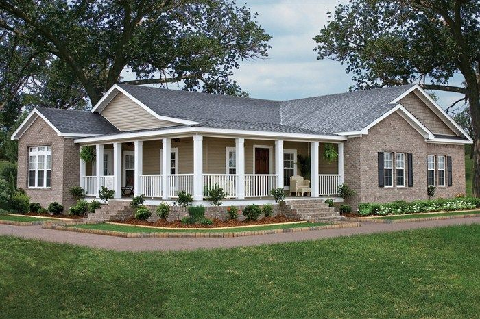 E-Series home plans can come with a spacious corner covered porch. 2123 sq.ft • 3 Beds • 2 Baths