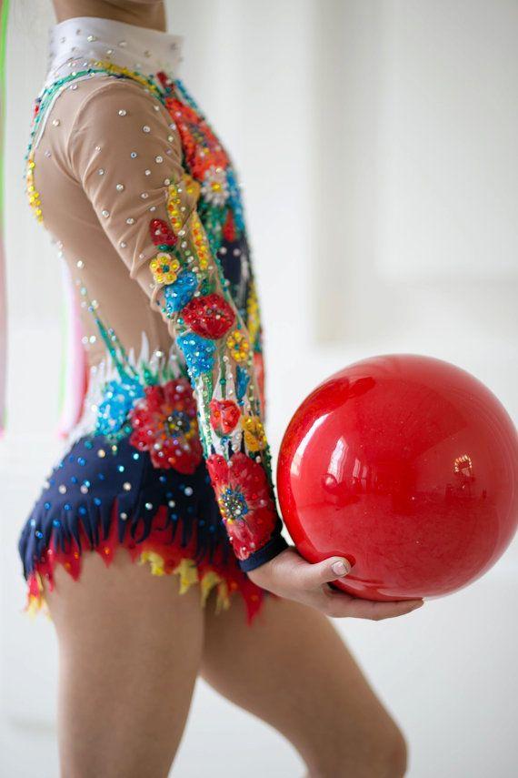 Etsy の コンクール リズム体操レオタード ice スケート handmade by artmaisternia