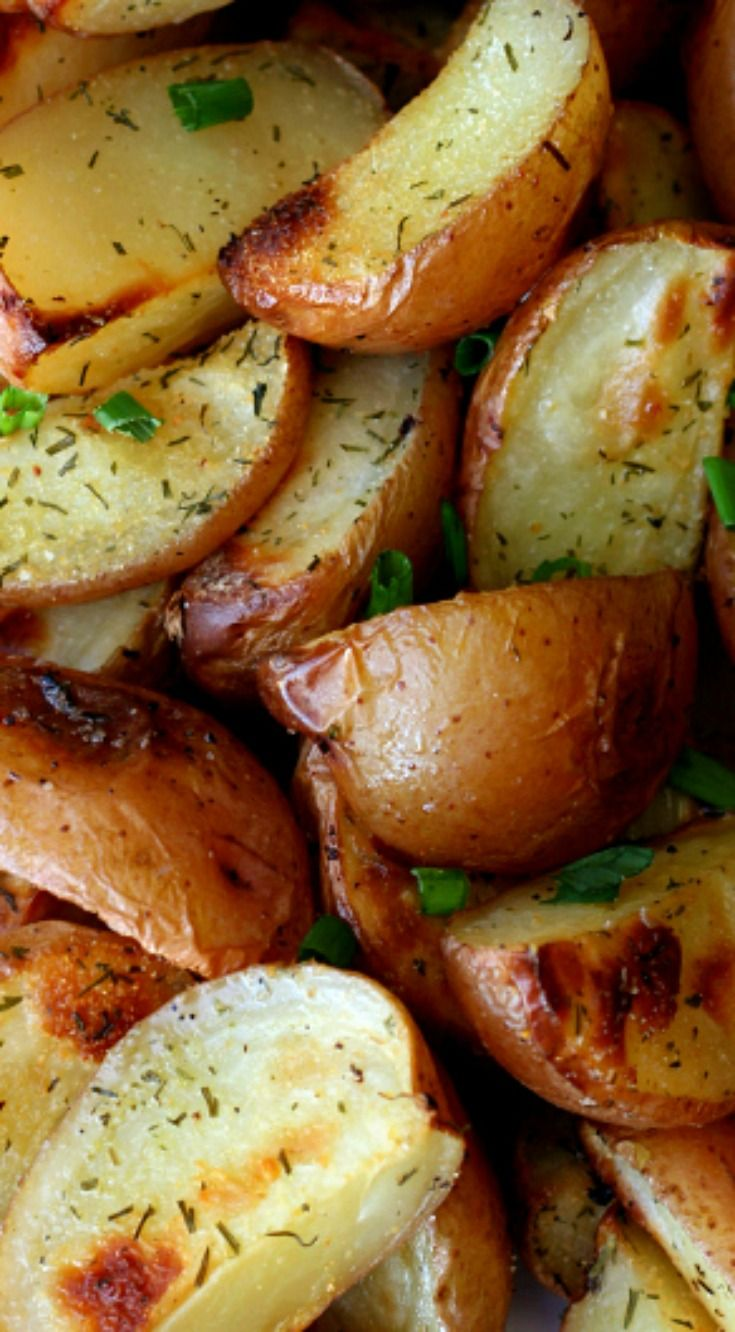 Easy Roasted Dill Red Potatoes ~ Red potatoes, seasoned with dill and oven roasted until golden brown... The perfect, easy, flavorful side dish.