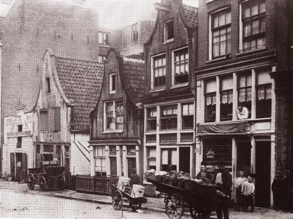 Amsterdam, Willemsstraat rond 1900.