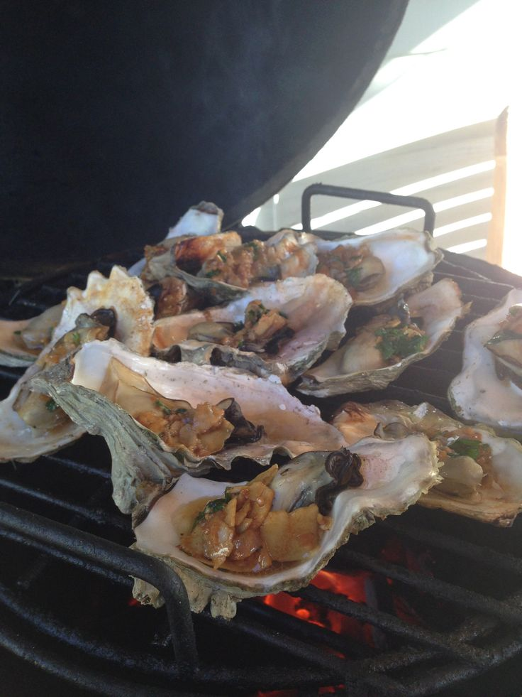 Big Green Egg Grilled Oysters- Best ever!
