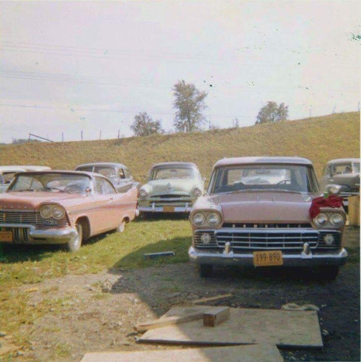830 best Vintage Car Scenes # 2 images on Pinterest | City life, New ...