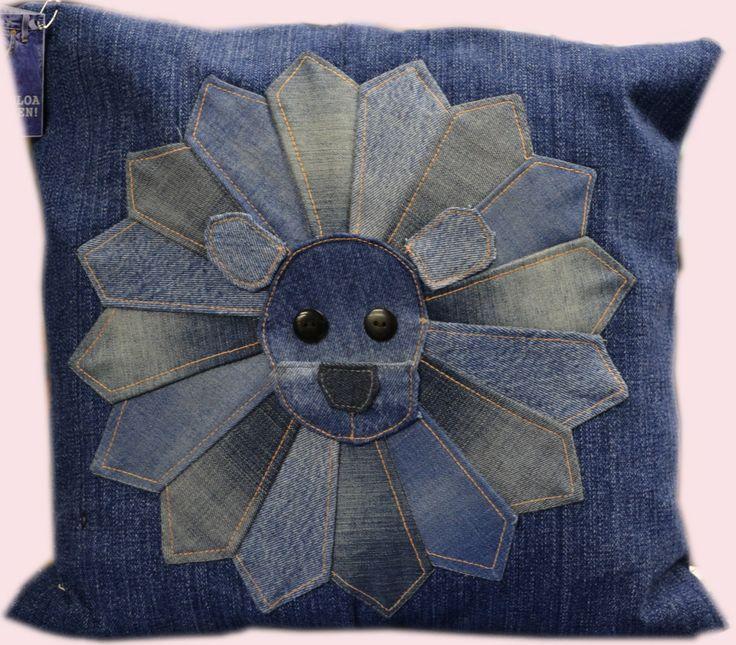 Farkkutuunattu tyynynpäällinen hauskalla kuvalla