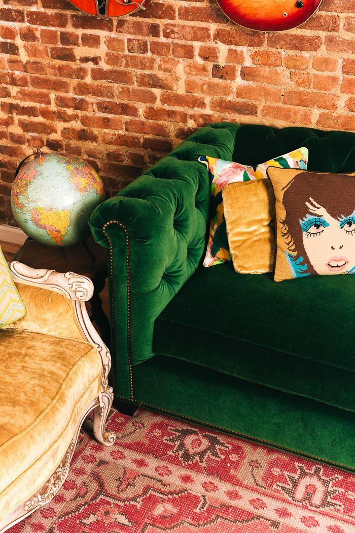 Best 25 Velvet Tufted Sofa Ideas On Pinterest Tuffed