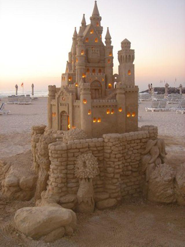 Sand castle by Jenny Rossen