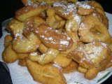 Recette Fantaisies ( ou beignets de carnaval) par Laurette82 - Ptitchef: Ou Beignets, Recett Desserts, Donuts, Recett Fantaisi