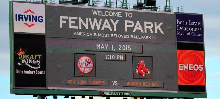 Things to do in Boston: Catch a Red Sox game! Bonus points if you can get tix to Sox v. Yankees!!