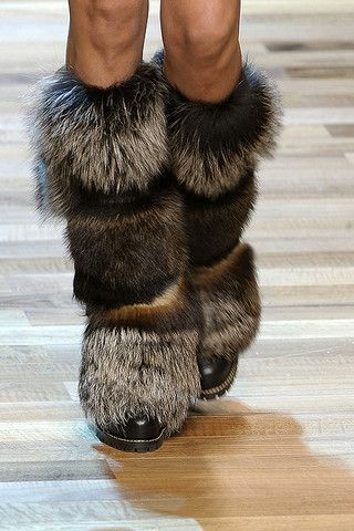 Google Image Result for http://static.becomegorgeous.com/img/arts/2010/Aug/19/2607/dgfall2010fur_boots.jpg