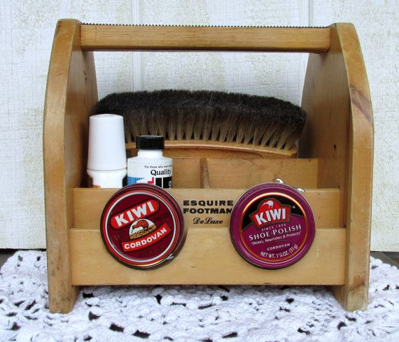 Vintage Esquire Footman Deluxe shoe shine box by 2sisterspicks, $45.00