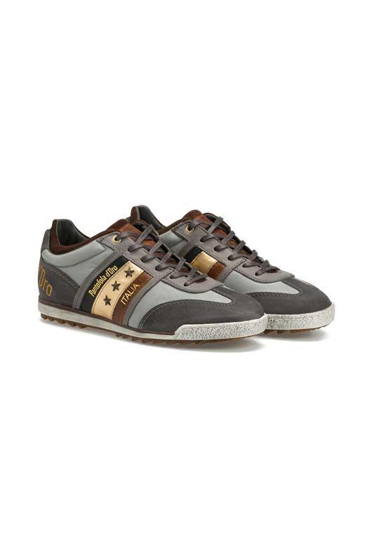 Die stilvollen Details und das hochwertige Leder dieser Pantofola d'Oro-Sneaker symbolisieren den italienischen Lifestyle perfekt und verleihen jedem Ihrer Outfits ein stylishes Finish! von PANTOFOLA D'ORObei OUTLETCITY.COM bestellen.