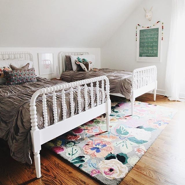 The Sweetest Shared Room For Sisters From Instagram We Spy A Cute Chalkboard