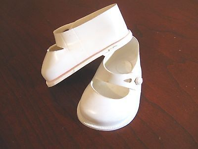"""Vintage 50's Fairyland Toy # 3 (3"""") White Plastic Doll Shoes"""