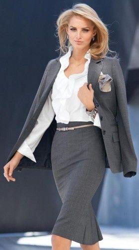 シャープなグレースカートでラインを美しく引き立たせる♪いつものスーツに変化を♪ビジネススーツスカートのコーデ、スタイル・ファッションの参考に♪