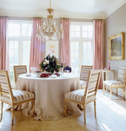 ~: Pink Curtains, Dining Rooms, Colors Combos, Soft Pink, Interiors Design, Window Treatments, Round Tables, Music Rooms, Suzann Kasler