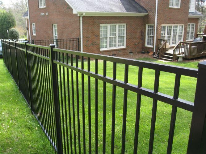 Fence Design For Perimeter Fencing Very Plain With Flat