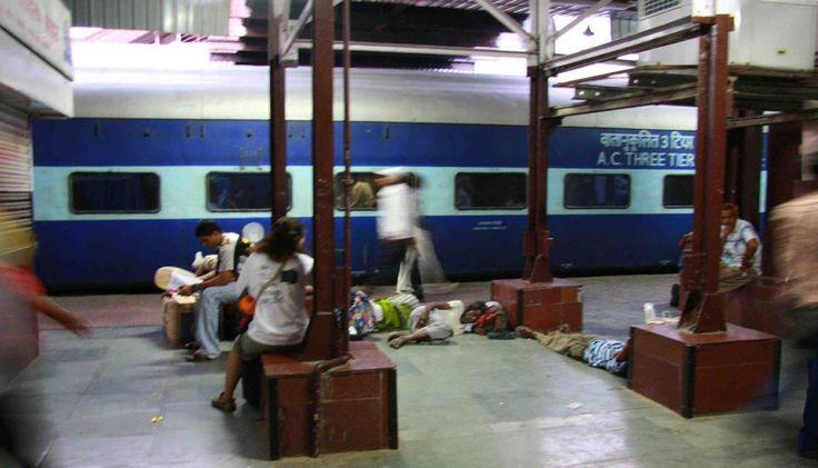 Como sobreviver aos comboios indianos