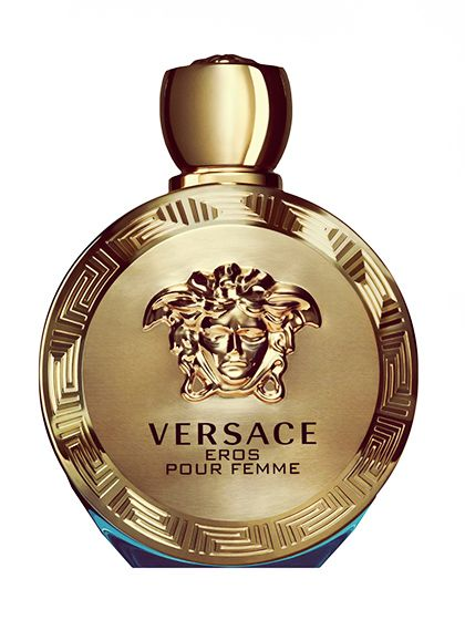 Versace Eros Pour Femme This is the kind of sexy scent you'd wear in Miami, when you want to smell hot without it being overpowering. It's because the sexiness comes from white flowers, like jasmine and lemon blossom, instead of the usual sexy muskiness that's harder to pull off in the heat.