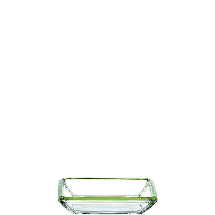 Teller Corner    Optische Täuschung? Nein Glasperfektion bis ins Detail! Die farbigen Kanten der eckigen Schale spiegeln sich indem massiven Glas mehrfach wieder. Ein Accessoire für alle, die das Spiel mit der Verführung lieben. Für Tellergerichte mit Beilagen. Ergänzungen mit anderen Kollektionsteilen möglich.    Material: Glas  Besonderheit: farbig dekorierte Kanten  Länge: 20,00 cm  Breite: ...
