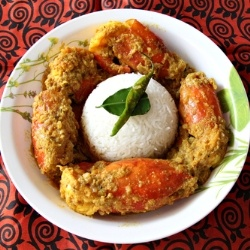 Chingri Macher Malai Curry (Bengali Prawn Curry with Coconut) is among the ultimate Indian curries with an unforgettable taste. Party food!