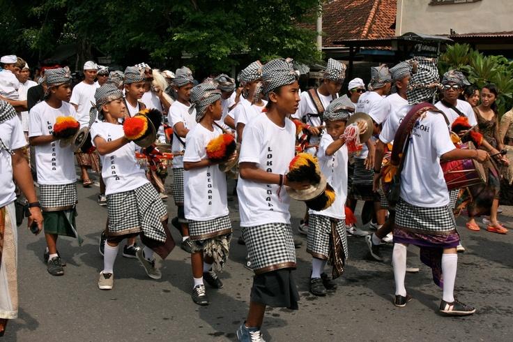Ogoh Ogoh celebration 11 March pemuteran bali