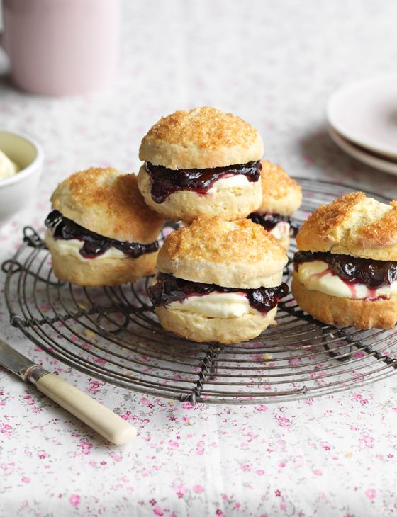 Sugar-topped apple and treacle scones - Sainsbury's Magazine