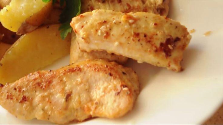 Быстро и просто готовим маринад для мяса, с которым оно будет невероятно мягким и сочным и поджарится за считанные минуты! Приятного аппетита!