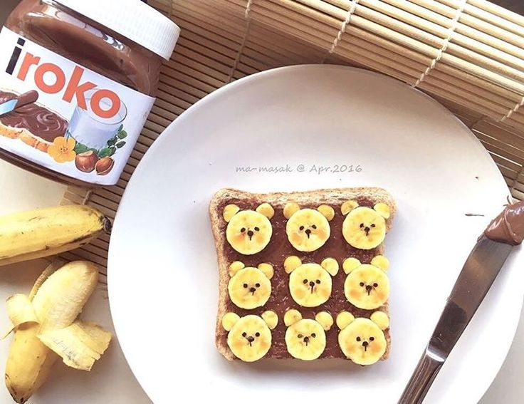 Banana bears on toast by Michelle Lim (@foodmakesfun)