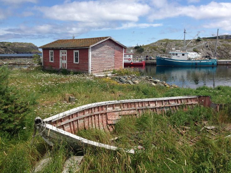Old boat and home in Brigus, Newfoundland  #ExploreNL, #ExploreCanada, #VisitNewfoundland, #wwwYYT