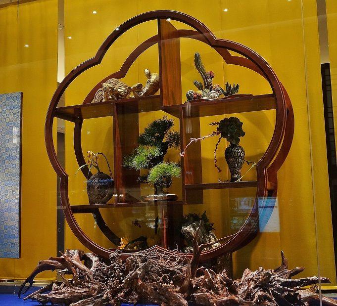 ショーウィンドウの中はもうお正月 @阪急百貨店うめだ店 : たんぶーらんの戯言