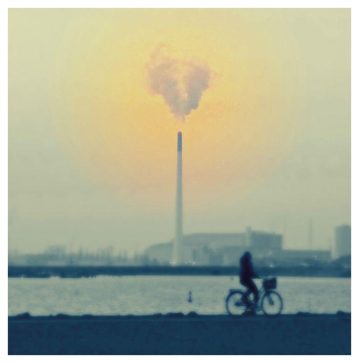 Plume of Love - furnace emitting heart shaped fumes.  Refshaleøen